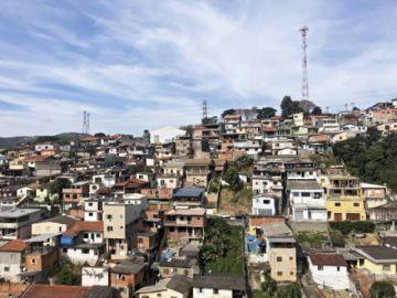 Favela no quiere ingreso de extranjeros por COVID-19