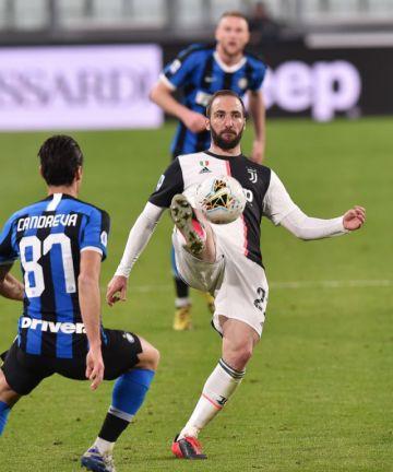 Federación italiana está dispuesta a jugar en julio