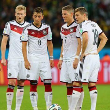 Selección alemana ayuda a combatir epidemia