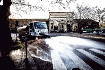Italia padece su peor día con récord de fallecidos