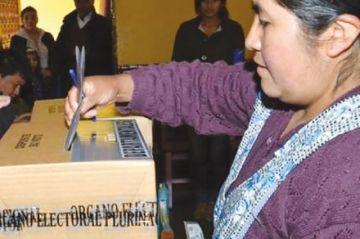 Partidos y el TSE logran un preacuerdo para aplazar las elecciones