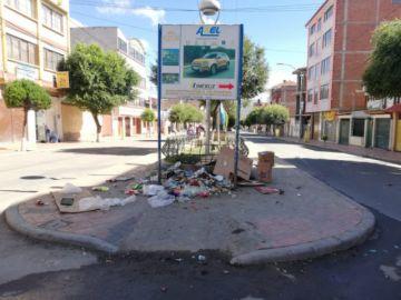 La ciudad amanece con promontorio de basura