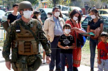 Chile registra un mayor repunte de casos en un día y la tercera muerte por COVID-19