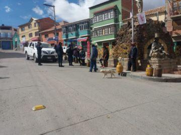 En Plaza El Minerovecinos esperan al carro distribuidor de GLP