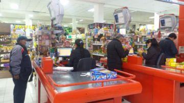 Supermercado del Sur atiende con normalidad