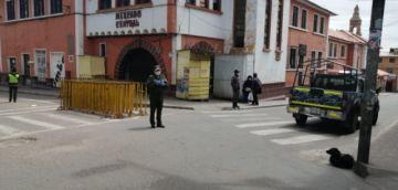 La Policía trabajó en las calles para ayudar a los ciudadanos