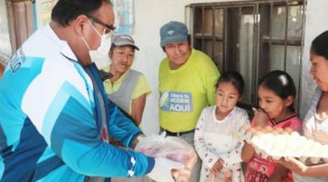 Cuatro municipios entregan alimentos a familias que no se benefician con bonos