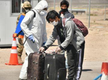 Casi 500 bolivianos retornaron de Chile y están en cuarentena