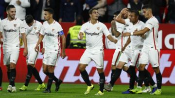 El Sevilla reduce jornadas y suspende contratos a sus trabajadores
