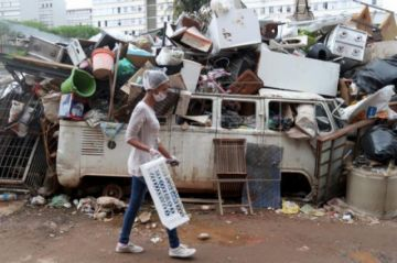 La COVID-19 se empieza a acelerar en Brasil y los muertos llegan a 800