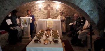 Siga la misa por la cena del Señor