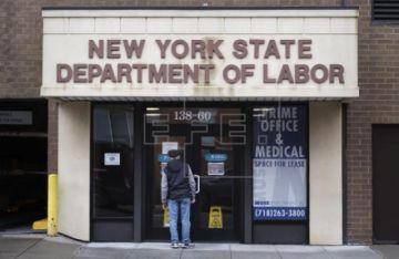 Casi 17 millones de trabajadores pierden el empleo en tres semanas en EE.UU.