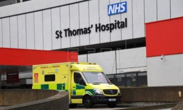 Boris Johnson abandona la unidad de cuidados intensivos