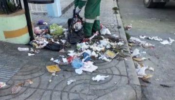 Personal de aseo urbano lamenta mal comportamiento de ciudadanos