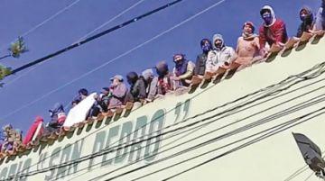 La Policía boliviana controla motín carcelario en Oruro