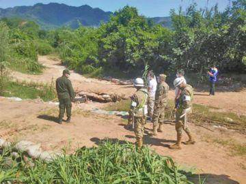 La FF.AA. y Alcaldía de Yacuiba cierran pasos ilegales con Argentina