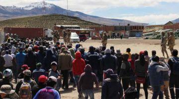 Iquique dará albergue a bolivianos varados en Colchane