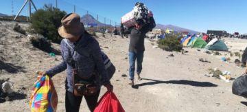 La ONU contabiliza 797 bolivianos en frontera con Chile y entrega carpas