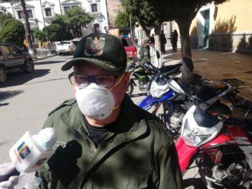 Cinco policías son golpeados por hacer cumplir la cuarentena