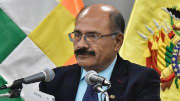 """Exministro Cruz se disculpa por sus proyecciones """"alarmantes"""" sobre el coronavirus"""