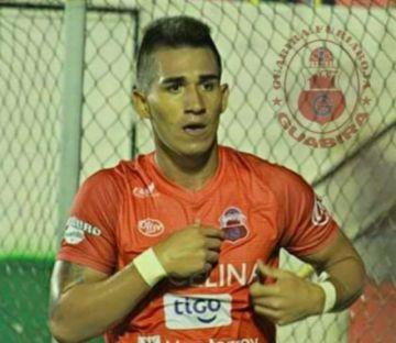 Técnico de club panameño pidió fichar al boliviano Kevin Ríos