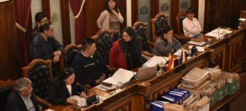 Senadores y diputados deciden coordinar para tratar leyes