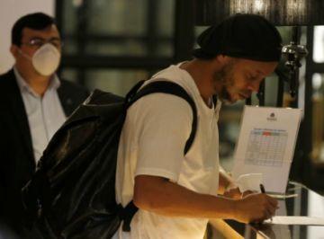 El pedido especial de Ronaldinho en el hotel de lujo donde cumple su arresto domiciliario