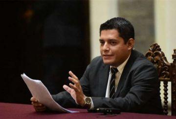 Gobierno anuncia procesos contra dirigentes y alcaldesa de Shinahota por expulsión de policías