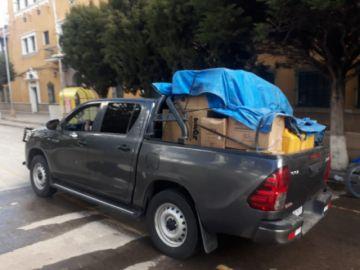 Gobernador de Potosí lleva ayuda a Uyuni