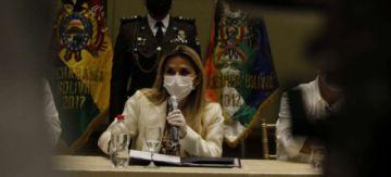 Gobierno aprueba decreto para que gobernaciones y municipios redireccionen sus recursos a salud