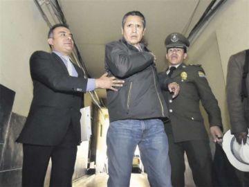 El extitular de la Dirección Aeronáutica Civil se beneficia con arresto domiciliario