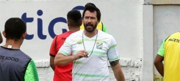 """Sánchez: """"sería ideal incorporar nuevos jugadores"""""""