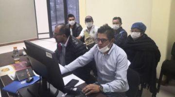 Dan detención domiciliaria para periodista, funcionarios y concejala de Villa Tunari