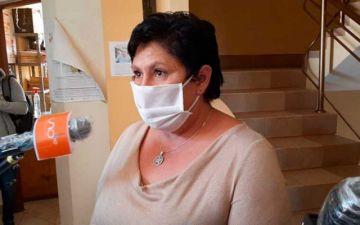 """Alcaldesa de Vinto dice que sólo """"brindó"""" con una """"tutuma de chicha"""""""