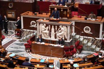 Francia apuesta por una desescalada cautelosa y paulatina