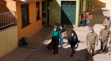 Connacionales de Pisiga solo están de paso por la ciudad de Potosí