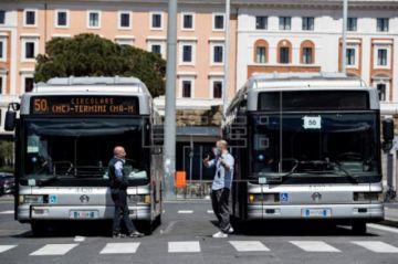 Los contagios siguen bajando en Italia a cinco días de su lenta desescalada