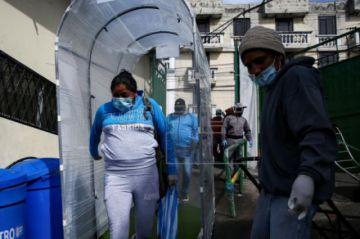 Ecuador reporta 883 muertes y 24.675 contagiados de coronavirus