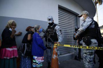 Los casos de COVID-19 aumentan un 4,7 % en El Salvador, que suma 395 contagios