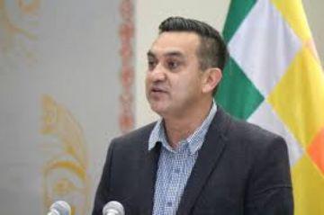 Ministro Núñez dice que no se podrá salir a la calle sin barbijo hasta el 31 de mayo