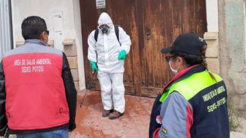 EMAP explica cómo recogen la basura de domicilios de pacientes con COVID-19