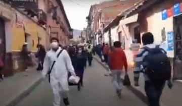 Hay más gente y vehículos circulando en el centro de Potosí