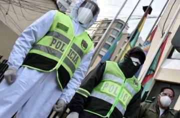 Policía mandará a confeccionar 30 mil trajes de bioseguridad