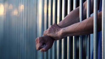 Defensoría pide suspender a asambleísta acusado de abusar sexualmente de cuatro menores