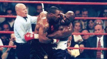 Evander Holyfield volverá a boxear a los 57 años