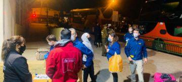 Más de 380 bolivianos llegaron de Iquique y Antofagasta y los de Calama entran a un albergue