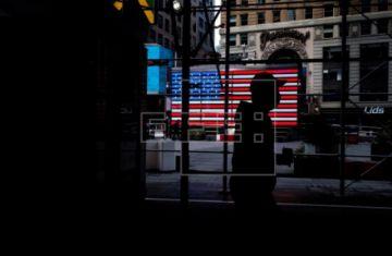Nueva York inicia el viernes la reapertura en tres regiones sin la Gran Manzana