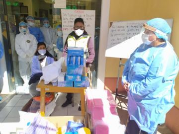 Alcalde entrega elementos de bioseguridad a hospitales y centros de salud en Potosí