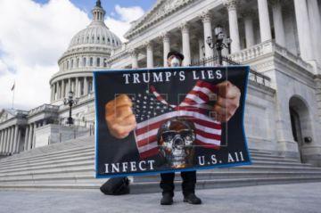 EE.UU. se expone a nuevos brotes por una desescalada imprudente