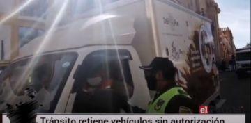 Tránsito detiene a vehículos sin autorización